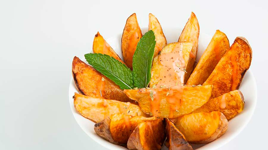 Fried Potatoes and sauce